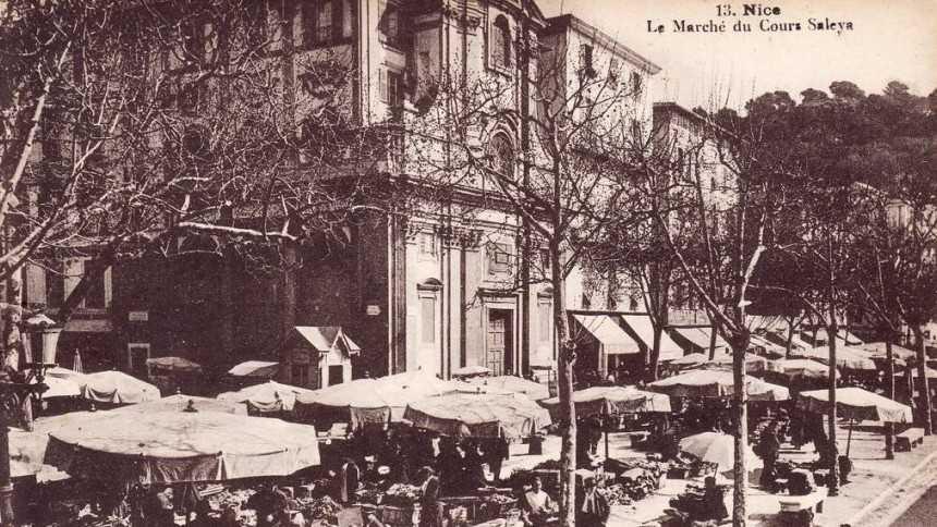 Nice - Le marché aux Cartes Postales