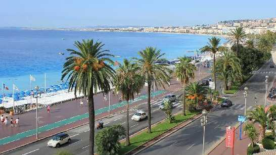 H tel le royal nice promenade h tel 3 toiles in nice for Hotels 3 etoiles nice