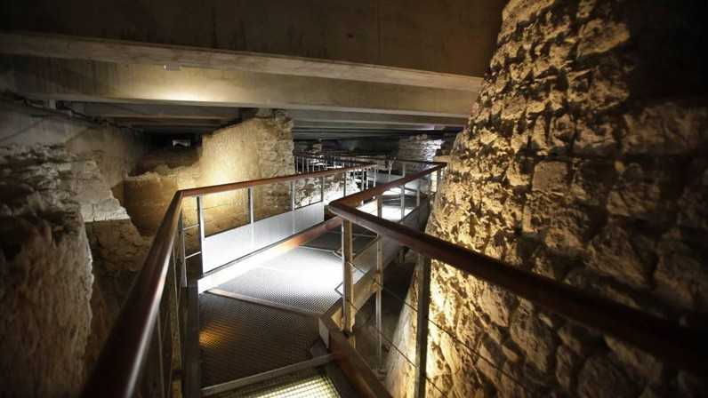 Nice - La crypte archéologique