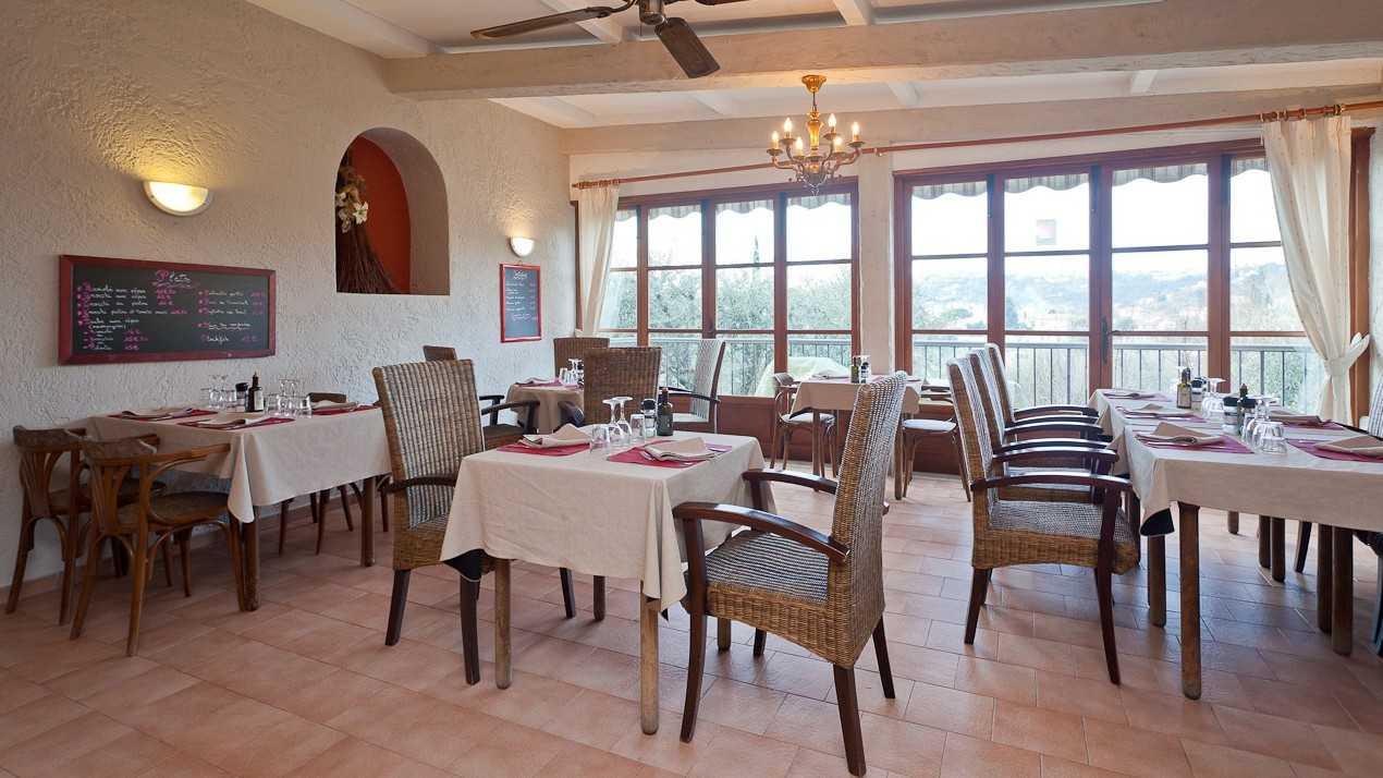 Restaurant l 39 autobus cuisine ni oise nice nice city life for Restaurant cuisine nicoise nice
