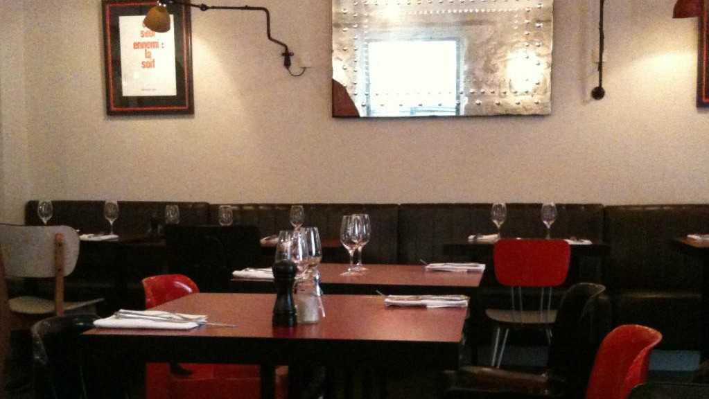Le canon bistrot traditionnel nice nice city life - Bistrot du port nice ...
