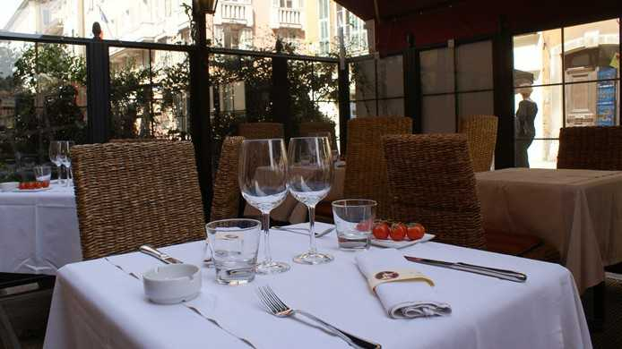 le grand balcon cuisine fran aise nice nice city life. Black Bedroom Furniture Sets. Home Design Ideas