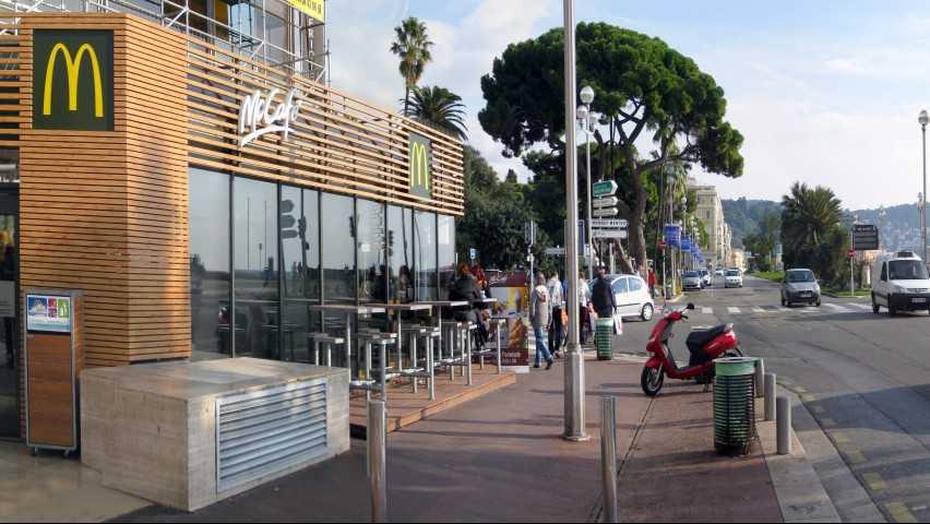 Nice - Mc Donald's Nice promenade