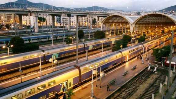 Nice Ville Gare Aeroport