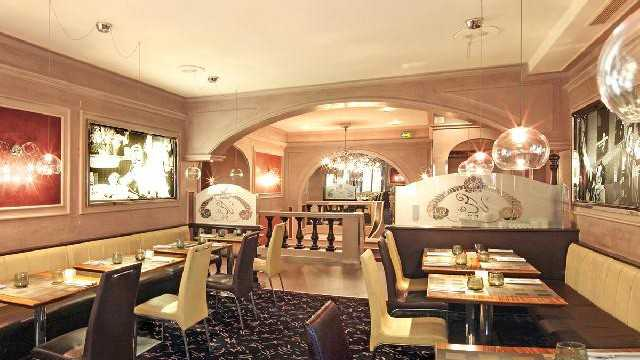 La villa d 39 este restaurant nice nice city life for Villa d este como ristorante