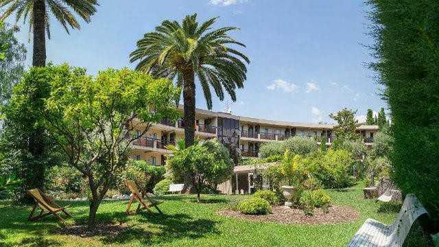 Pierre et vacances les palmiers r sidence hoteli re for Garage les palmiers nice