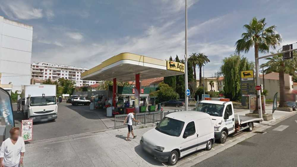 Nice City Life - Station Agip Cassin